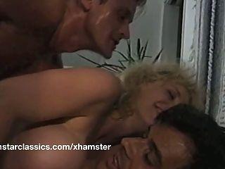 busty classic pornstar 더블 아날 항문 섹스