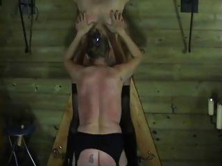 두 명의 나이 든 여성들은 bdsm (spanking)