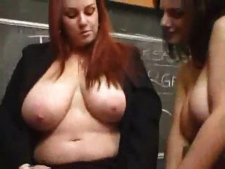 busty 레즈비언 교사는 망했어.