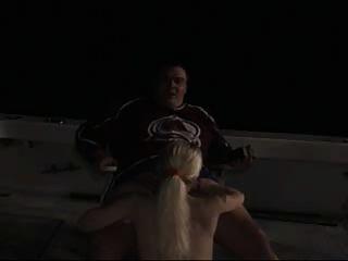 배를 타고 섹스하다