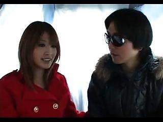 아이 쿠로사와 아름다운 일본 소녀