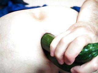 야채 채우는 내 엉덩이 항문 도끼 06.2013