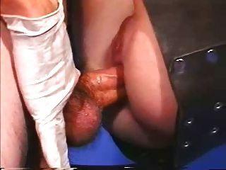 슬링에서의 그녀의 엉덩이