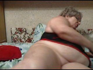 웹상의 뚱뚱한 할머니