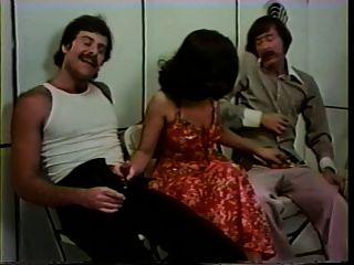 하드 비누 하드 비누 (1977) 주무르기 장면 삼인조