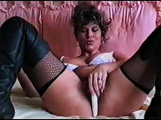 섹스 경기를하는 두 명의 미녀