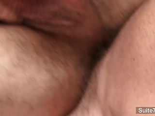 흥분한 게이 키스와 빌어 먹을