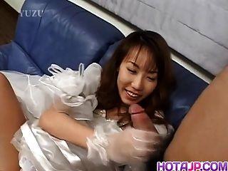히라이는 흥분하고 불쾌 해 보입니다.