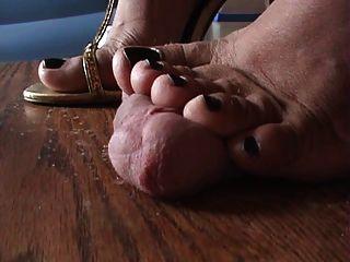 섹시한 구두 닦기