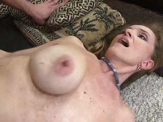 더러운 엄마와 아들과 섹시한 섹스