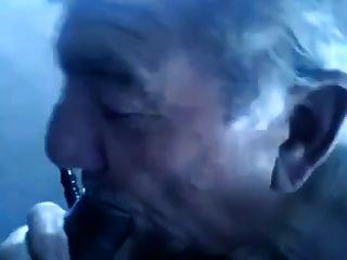 차브 늙은 할아버지 씨발