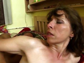 성숙한 엄마들과 함께하는 더러운 집 이야기