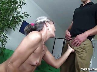 할머니의 섹스 토이