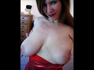 꽉 빨간 드레스