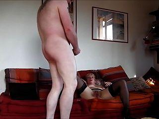그녀의 엉덩이에 내 정액에 49yo milf 씨발