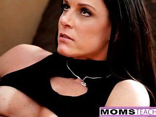 momsteachsex 호색한 단계 엄마가 아들을 섹스