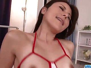 복숭아 가슴을 가진 인상적인 섹스 비디오 rosa kawashima