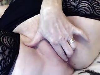 호색한 할머니는 캠 (아주 섹시!)에 자위.