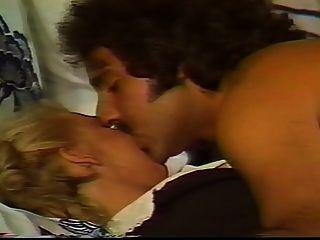 가족 관계 (1984) 장면 6