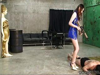3 노예를 휘두르는 일본의 여성 risa