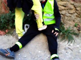 발바닥을 공개하는 그리스 여신