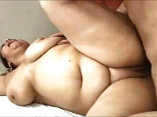 큰 엉덩이 라틴어 성숙 항문 섹스