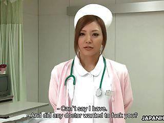 근사한 일본 간호사가 대략 p 후 괴롭힘을 당한다.