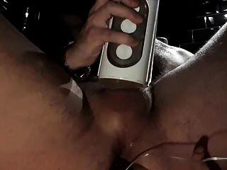 엉덩이 플러그와 손전등