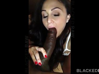 blackedraw 변태 갈색 머리 아내는 그녀의 호텔에서 검은 수탉을 사랑한다.