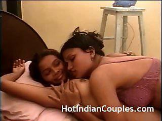 성숙한 삼촌 아줌마 섹스와 함께 뜨거운 인도 십대 소녀