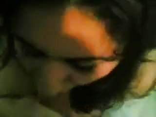 이란 쿠르드어 이란어 커플 만들기 여자가 뜨거운 입으로 가져옵니다.