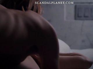 scandalplanetcom에 louisa krause 누드 레즈비언 장면