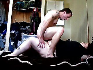 아내와 섹스 스트랩