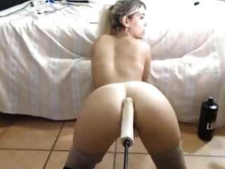 섹시한 엉덩이 금발 엉덩이에 큰 딜도 라구 딜도 라구 딜도 라구 딜도