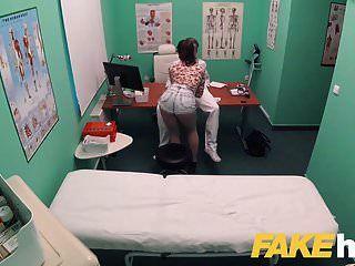 가짜 병원 더러운 워드 프로세서 큰 거시기는 환자가 꽉 음부를 사랑해.