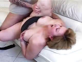 bbw 할머니 큰 엉덩이 소파에 좆