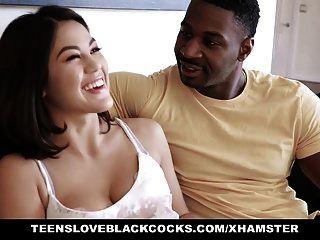 tlbc 아시아 소녀는 검은 색 거시기를 좋아합니다.
