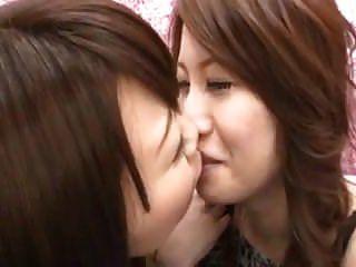 japanese 레즈비언 처음 시도 2