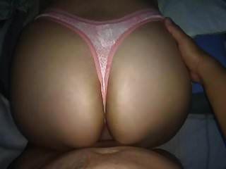 핑크 바이퍼 스킨 끈 !! 자매 큰 가슴에 cumming !!