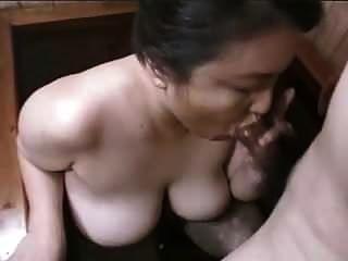 에로틱 한 스시 여자 vol. 02