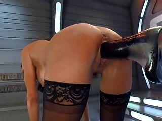 빌어 먹을 기계에 오르가즘을 뿌린다.