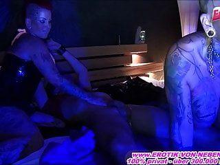 돈을 위해 매춘 업소에있는 독일 매춘부와의 진짜 에스코트 날짜